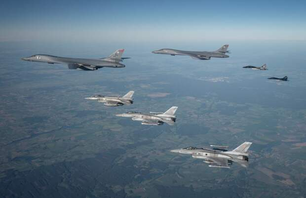 ВСУ: Полёты бомбардировщиков США над Чёрным морем будут регулярными
