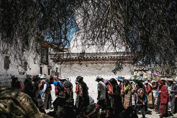 shigadze12 В поисках волшебства: Шигадзе, резиденция Панчен ламы и китайский рынок
