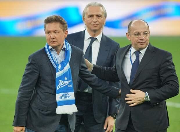 «Россия одной из первых вернула футбол болельщикам в 2020-м – Чернышенко помог, а в следующем году, надеюсь, все ограничения падут» - Дюков