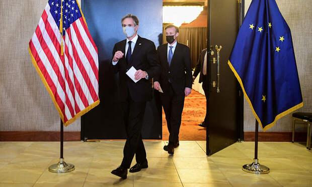 """Вопрос об отключении России от SWIFT госсекретарь США назвал """"гипотетическим"""""""