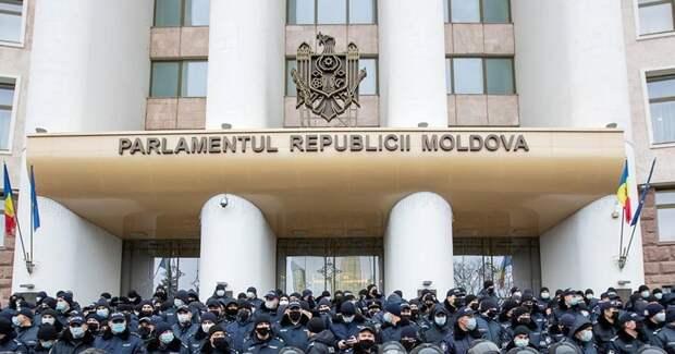 Россия просит Запад не вмешиваться во внутренние дела Молдавии