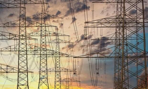 Повреждена одна из ниток энергомоста в Крым