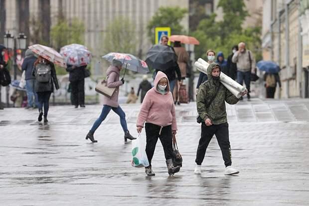 В МЧС предупредили о сильном порывистом ветре и дожде в столице 12 июня