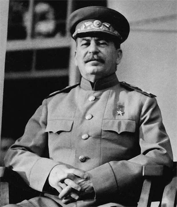 Как Сталин генералиссимусом стал