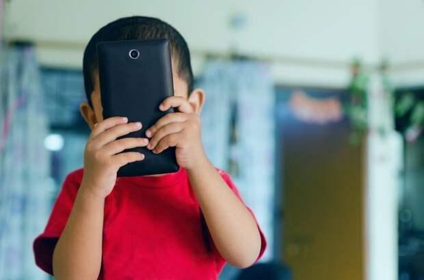 Аутизм и телефон/планшет. Стимы?