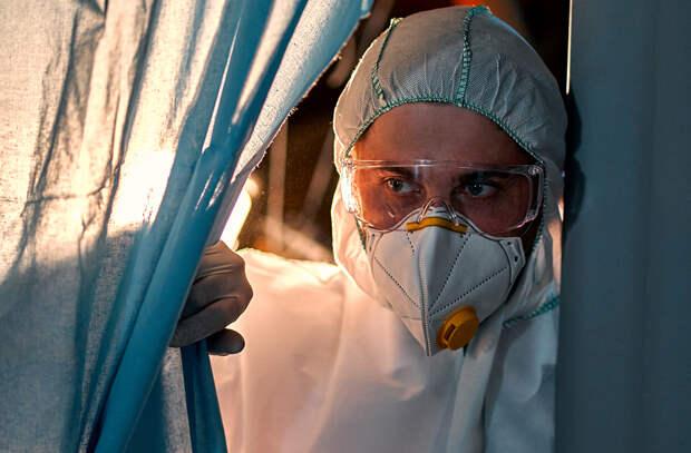 Более 16,7 тыс. новых случаев коронавируса выявлено за сутки в России