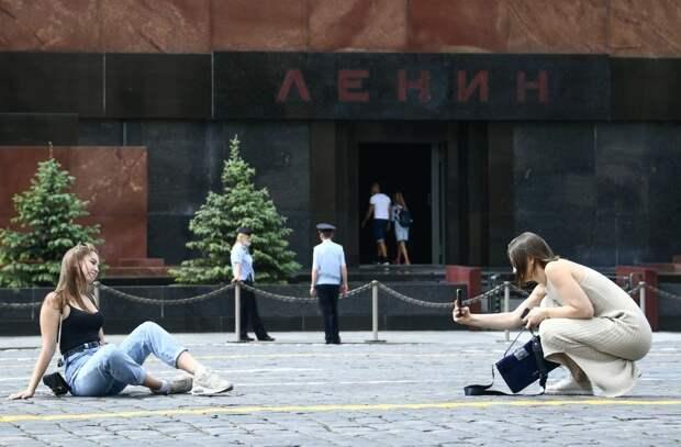 Юрий Селиванов: Ярмо с гремушками да бич?