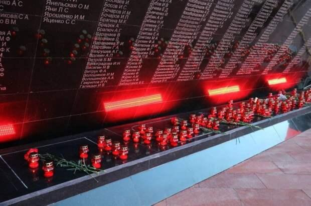 Галина Шабанова приняла участие в акции «Зажги свечу памяти»