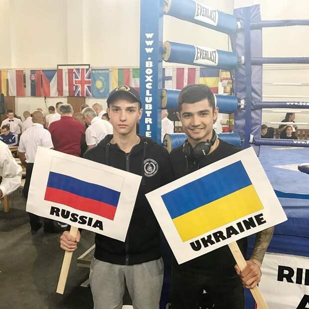Украинский боксер «взорвал» Интернет словами о том, что нормальный человек в «АТО» не поедет
