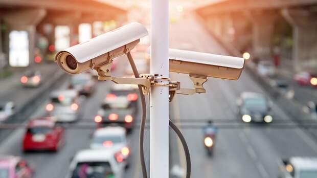 Штрафы продолжат приходить: на выделенные полосы автомобилистов ночью не пустят
