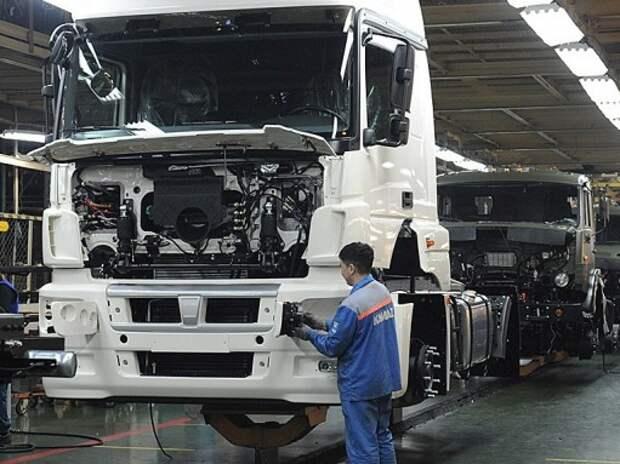 Правительство смягчило требования к сертификации грузовиков и автобусов по классу двигателей Евро-5