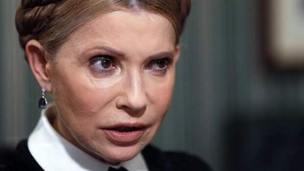 Тимошенко хотели снова отправить на нары. Еле отбрехалась