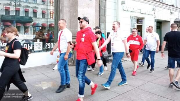 """""""Мы обязательно вернемся!"""": польские болельщики в восторге от Северной столицы России"""