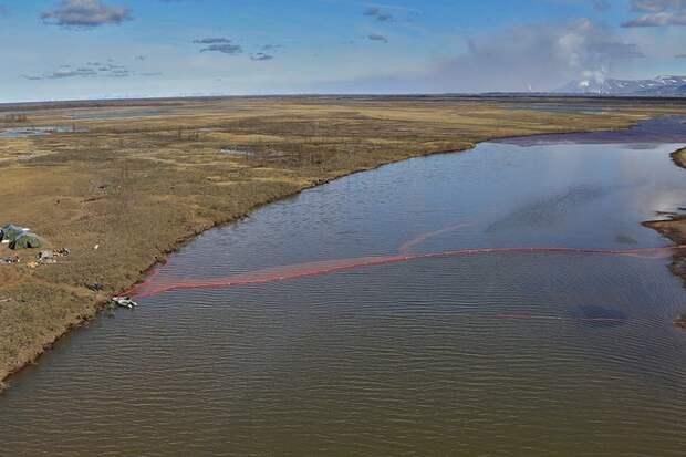В Красноярском крае произошла крупная утечка топлива