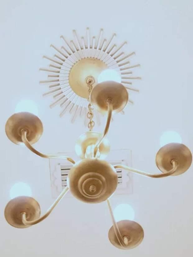 интерьер и освещение своими руками установка молдингов на потолок ремонт