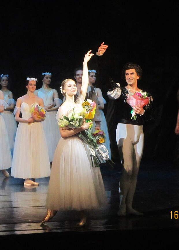 «Балерин превращают в проституток»: Анастасия Волочкова о домогательствах в Большом театре
