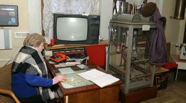 В школе Казани некому было защищать детей. Ради экономии вместо профессиональной охраны взяли вахтершу