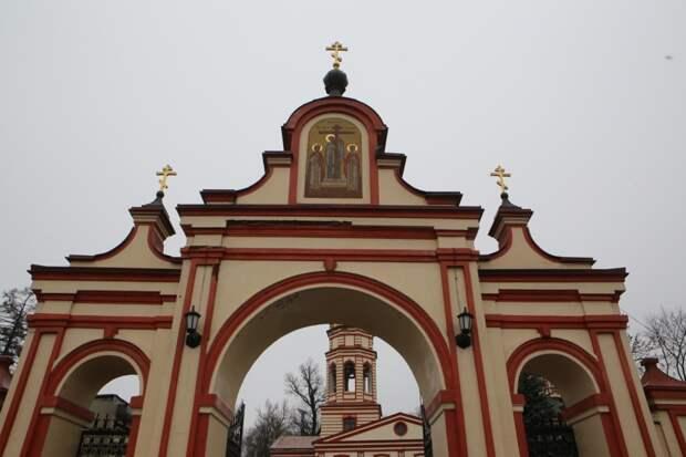 Мероприятия памяти владыки Ионы в Крестовоздвиженском храме начнутся сегодня в 11.00