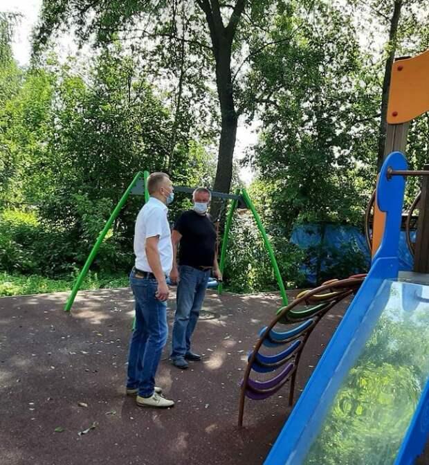 В Мелькисарове уберут сухостой и починят спортивную площадку