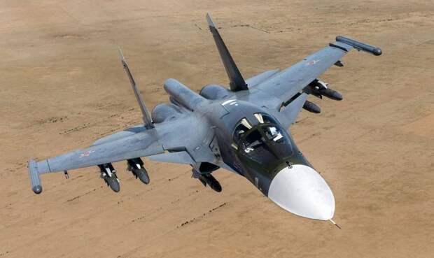 «Первоначально всё выглядит, будто бомбы взрываются в песке пустыни»: в Сирии сообщают об ударах ВКС РФ по боевикам ИГИЛ