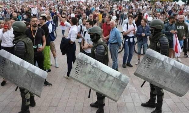 Жалкое зрелище: страны-вассалы США пытаются подняться за счёт нападок на Белоруссию