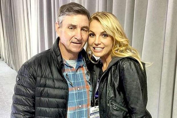 Бритни Спирс останется под опекой отца по решению суда