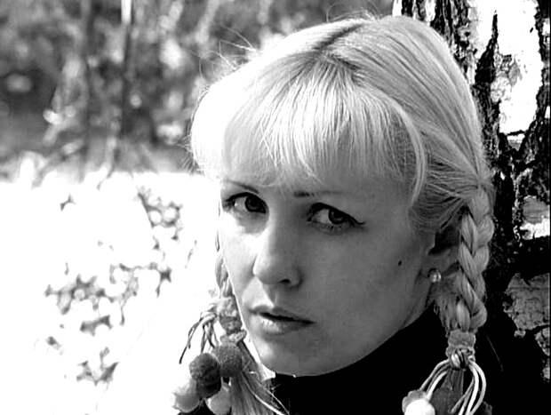 На Урале уволенную из-за откровенных фото педагога вызвали на допрос