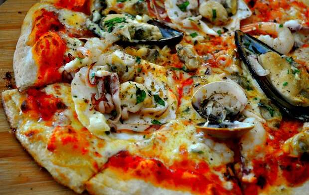 Картинки по запросу пицца дары моря