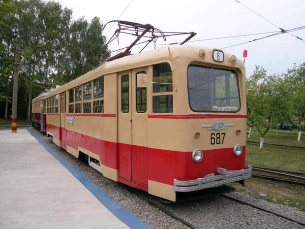Трамвай ЛМ-49, производства ВАРЗ