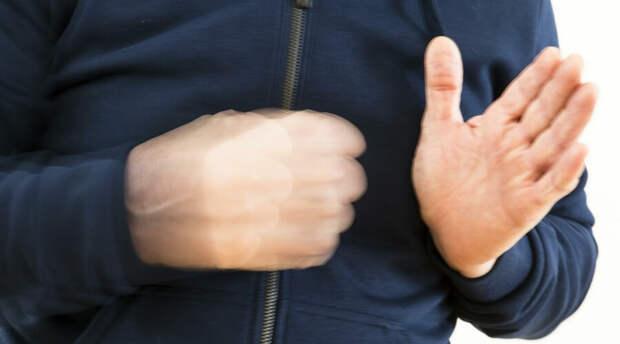 Учитель московской школы накинулся на подростка с кулаками (ВИДЕО)