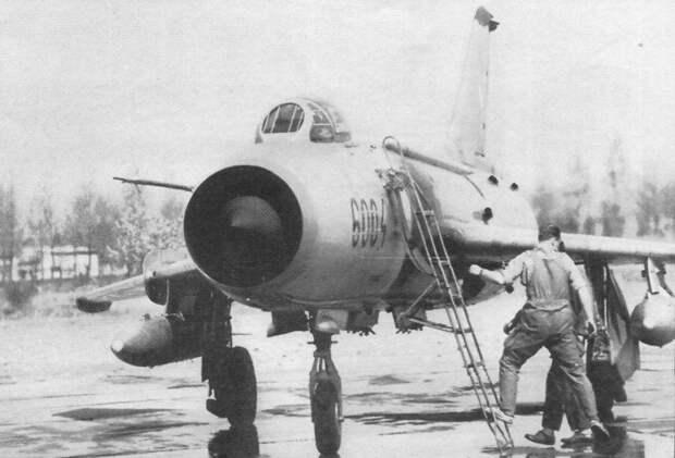 Перелёт советского офицера в ФРГ на угнанном Су-7БМ 27 мая 1973 г.