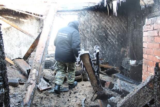 В Пермском крае наказали девушку, попытавшуюся сжечь дом вместе с родителями