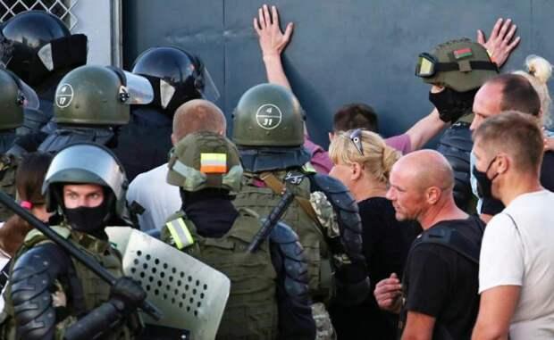 Для силового захвата власти Киев направит в Минск опытных боевиков