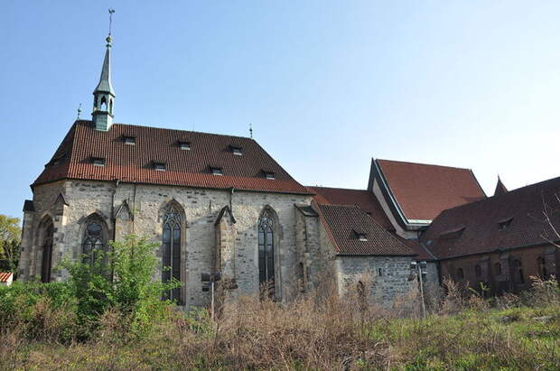 Church_of_the_Virgin_Mary_Before_Tyn_(8349054152) (700x464, 72Kb)