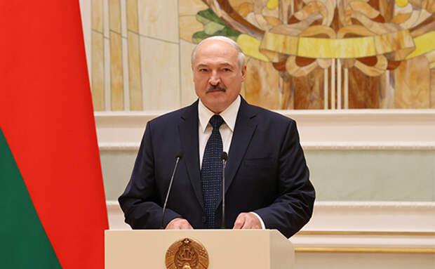 «Лукашенко обезумел от паники»: Павловский о событиях в Белоруссии