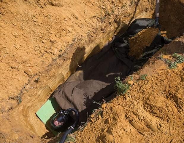 Прижизненное погребение: зачем люди добровольно себя хоронят