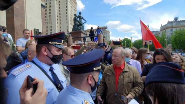 Коммунист Рашкин готов на любые унижения и предательства ради «Умного голосования» Навального