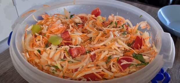 Как бабушка готовила! Ленивый салат с капустой на зиму. Готовьте 2 порции сразу