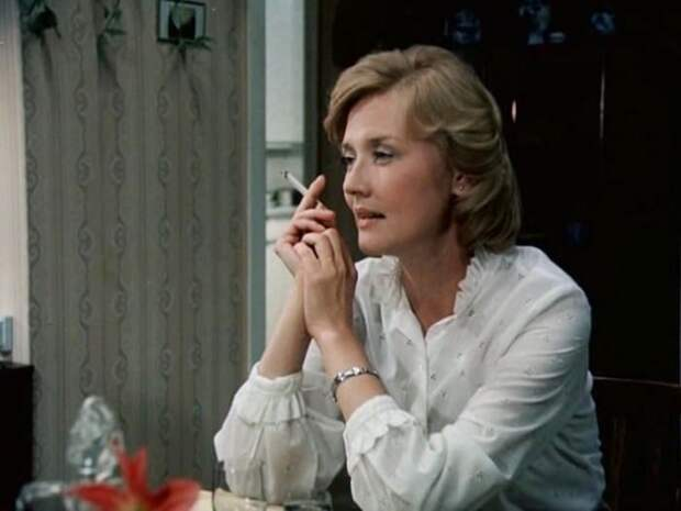 Вера Алентова в фильме *Время желаний*, 1984   Фото: kino-teatr.ru
