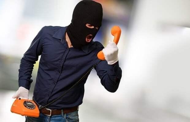 Телефонные мошенники придумали новую схему с угрозой убийства