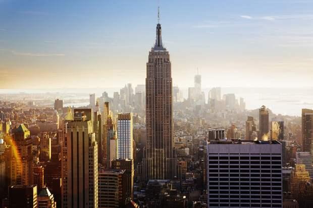 Мэр Нью-Йорка объявил об отмене комендантского часа в городе