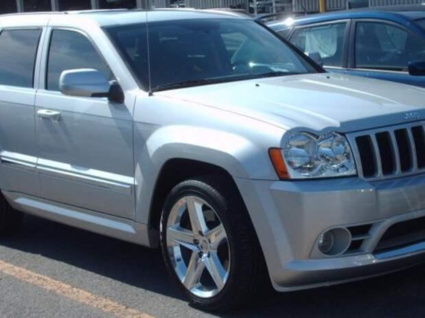 Chrysler отзывает 800 тысяч старых Jeep Grand Cherokee