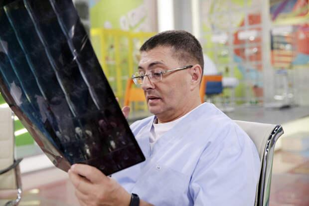 Пациенты рассказали о полчищах тараканов в больнице Мясникова