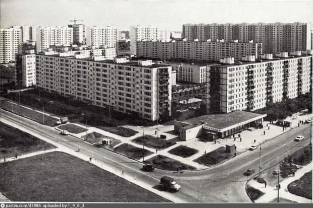 Орехово-Борисово, Москва,1980 год.