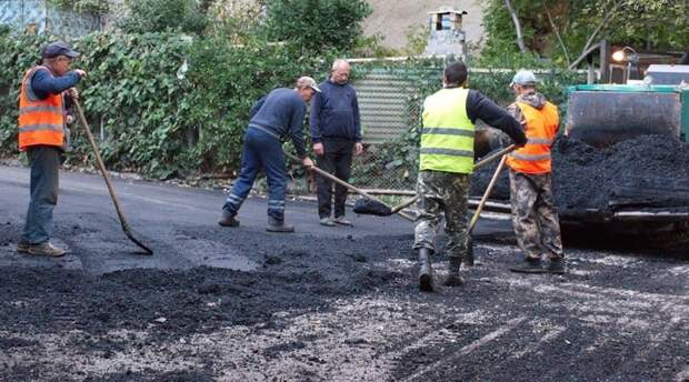 Власти Ялты намерены расширить перечень запланированных к ремонту в текущем году дорог