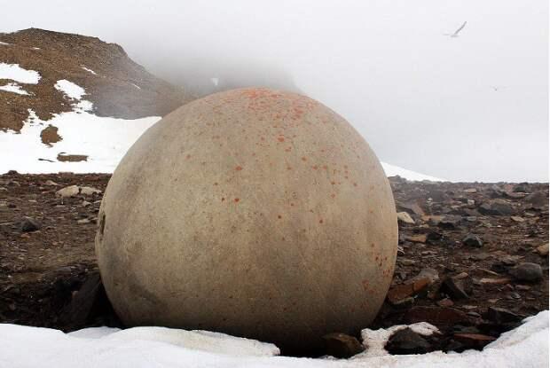 шары на острове Чампа