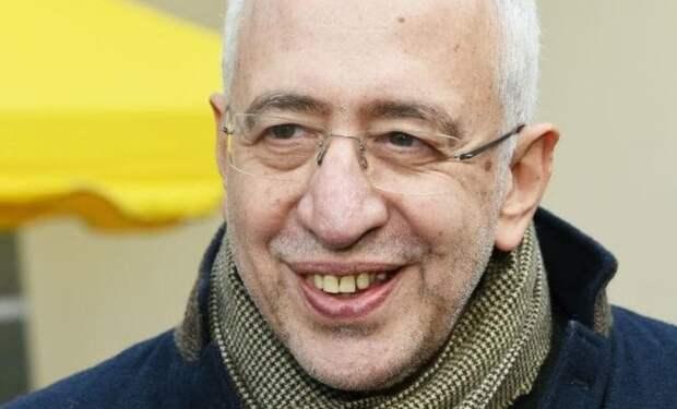 Постоянный очернитель российской истории Николай Сванидзе, оказался вовсе не тем, за кого себя выдаёт