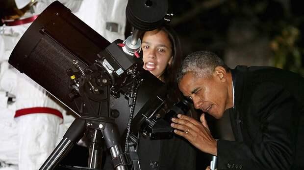 Барак Обама закрыл государственные программы полетов на Луну, но развязал руки частным компаниям, желающим осваивать космос