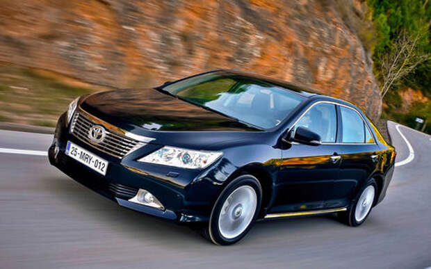 Toyota Camry на вторичке: 4 достоинства и 4 недостатка
