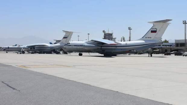 Первым делом — в самолеты: из Кабула вывезли россиян и союзников